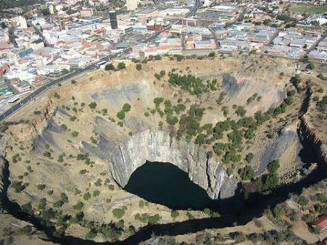 kimberley hole 1