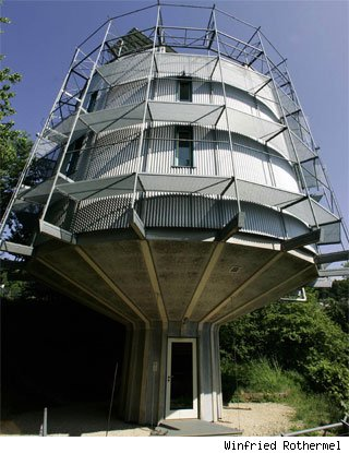 rotating_house