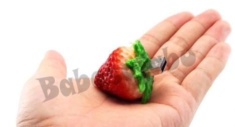 strawberry usb